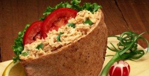 tuna-pitta-bread-healthy-27052011